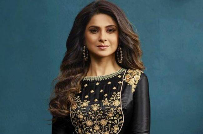 This video of Jennifer Winget will make you fall in love with her!