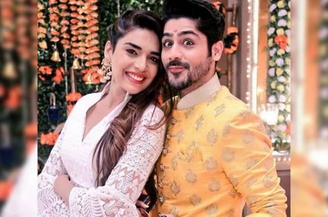 Kundali Bhagya's Sameer and Srishti aka #Srishmeer is COUPLE GOALS!