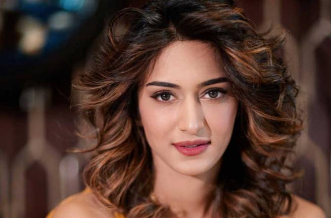 I want to be treated like a queen: Erica Fernandes at the Femina Miss India pageant