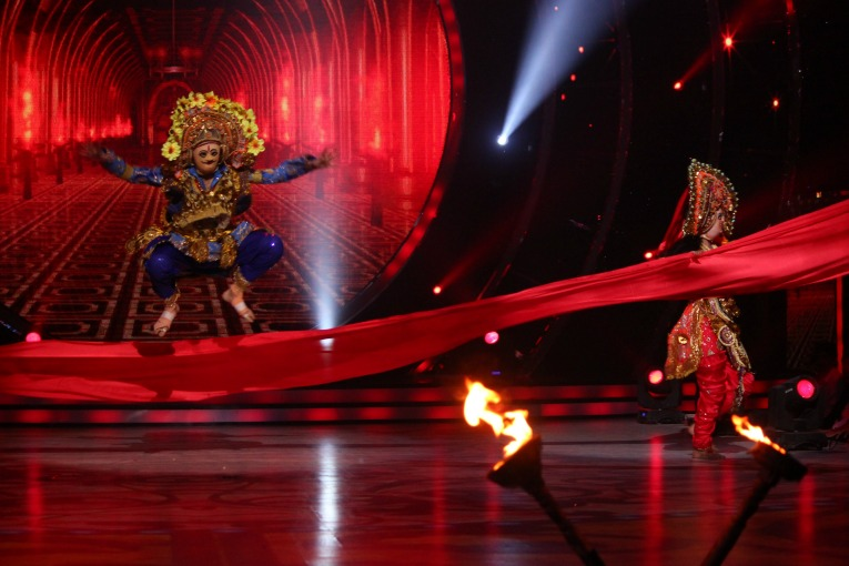 Shantanu Maheshwari speaks on the CHALLENGES he faced while performing CHHAU!