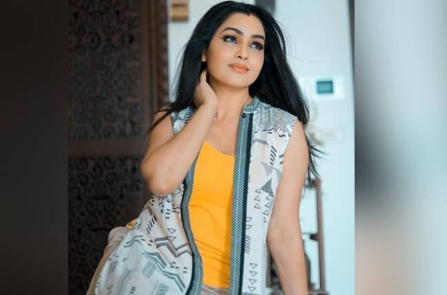 Shubhangi Atre turns director for her husband on her birthday!