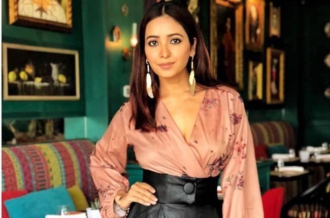 Asha Negi takes a break from social media
