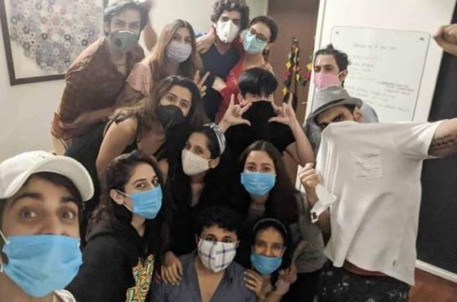 Karan Wahi, Sanaya Irani attend a 'lockdown birthday' wearing masks