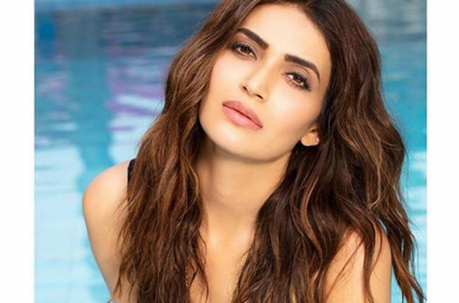 Check out who did Karishma Tanna go on date with!
