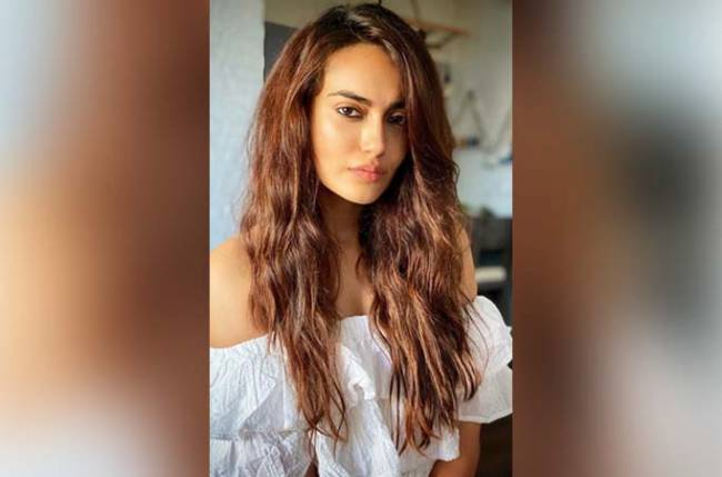 Surbhi Jyoti had taken advice from THIS actor before she signed Naagin 3
