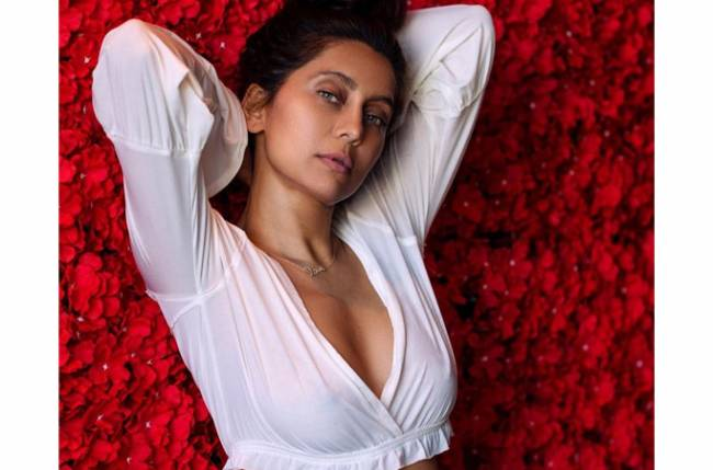 Catch the FIESTY and SEXY pics of telly fame Anusha Dandekar