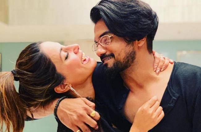 Hina Khan's boyfriend Rocky Jaiswal is EXTREMELY PROUD of her, here's why!