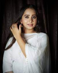 Tanishq Seth talks about her role in Aapki Nazron Ne Samjha, reveals the upcoming track and how she bagged the show